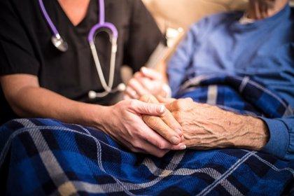 ¡No a las sujeciones en el cuidado de los dependientes!