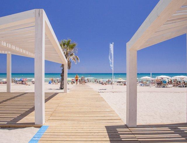 Playa en Alicante, imagen de archivo