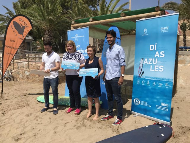 Artínez-Cachá, presenta la campaña 'Días Azules 2018'