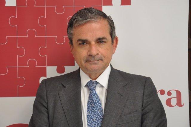 El presidente de la Cámara de Comercio de Cáceres, Gabriel Román Álvarez