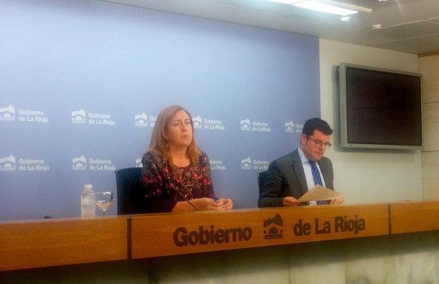 Martínez Arregui y Domínguez, en la rueda de prensa