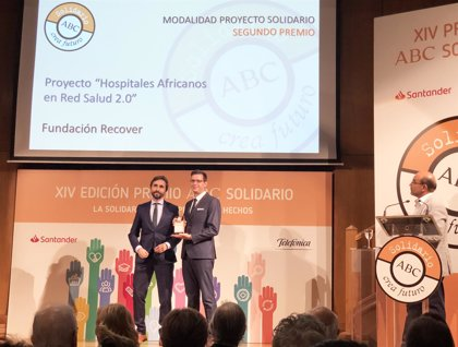 Fundación Recover y Hospitales para África, galardonada en XIV Premio ABC Solidario por su proyecto de telemedicina