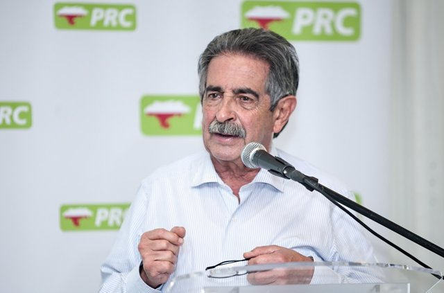 Revilla, secretario general del PRC y presidente de Cantabria