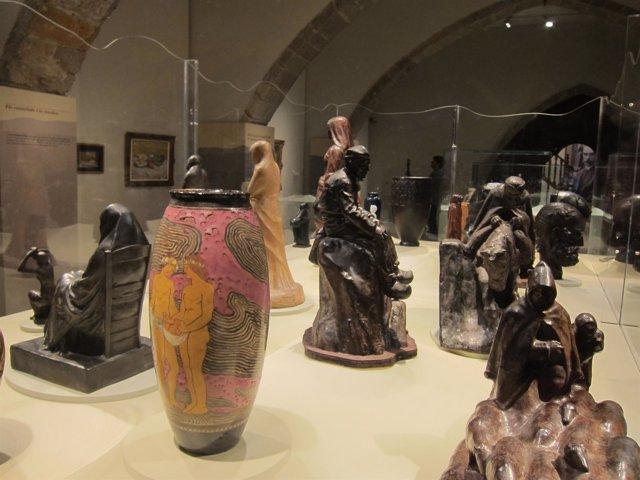 Parte De Las Piezas Escultóricas De Gustau Violet Expuestas