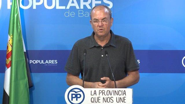 José Antonio Monago en ruda de prensa