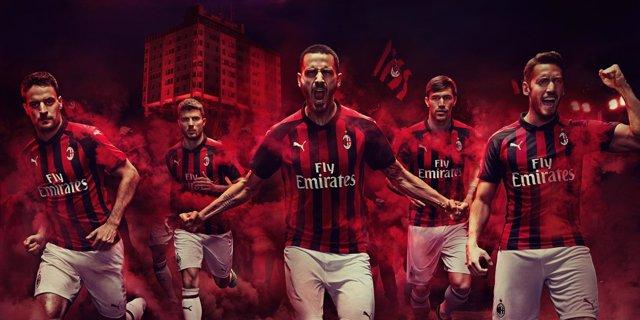 Camiseta del AC Milan 2018-19