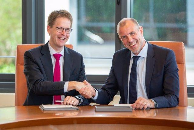 Timmo Andersen, Director General de Boehringer Ingelheim y Franz Heukamp, Direct