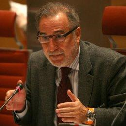 Primer plano de Pere Navarro durante una comparecencia en el Senado