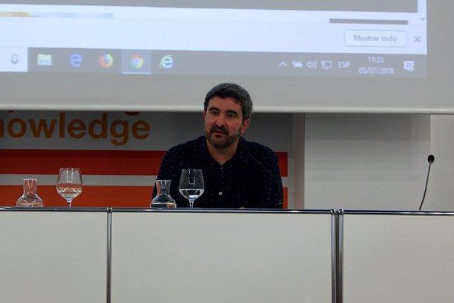 Daniel Ruiz en los cursos de verano de la UNIA