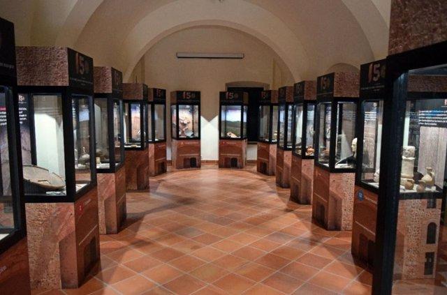 Vitrinas del Museo Arqueológico Provincial de Badajoz
