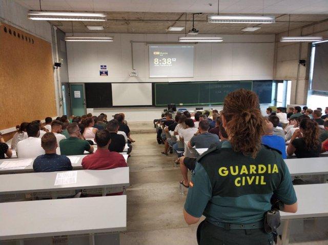 Imagen de la oposición desarrollada en Murcia