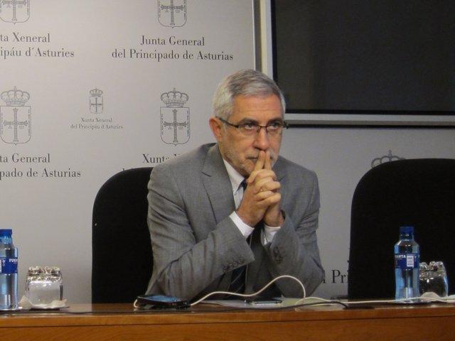El portavoz de IU en la Junta, Gaspar Llamazares