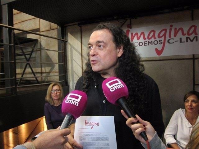 Fernando Barredo atiende a los medios