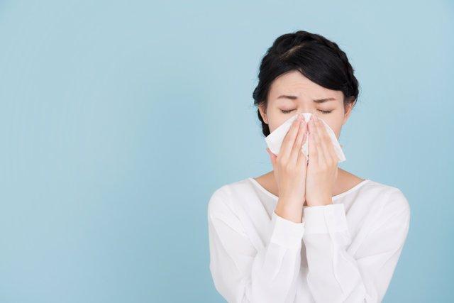 Alergia, catarro, estornudo, enfriamiento, tos