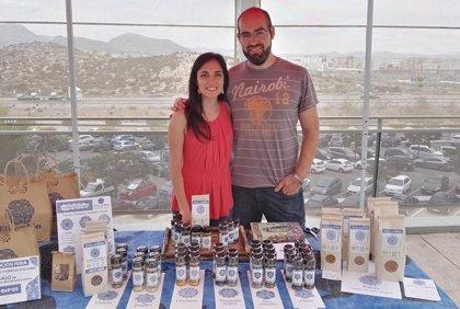Dos murcianos crean Eticambio, primera empresa española dedicada 100% al comercio justo avalada por el sello SPP