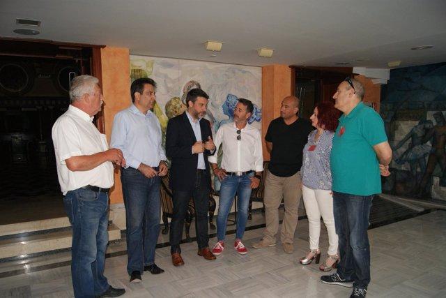 López Pagán y Guillamón, en su encuentro con los sindicatos