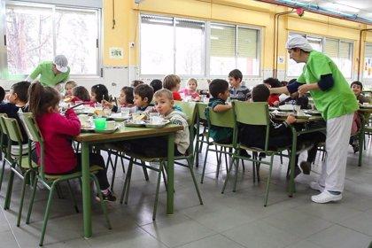Junta abre los comedores escolares beneficiando a más de 4.200 alumnos