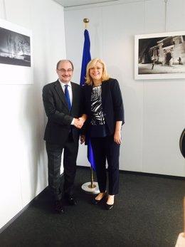 El Presidente de Aragón con Corina Cretu, comisaria de Desarrollo Regional UE