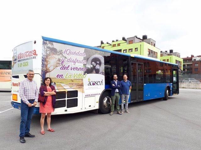 Presentación bus lanzadera en Villaviciosa