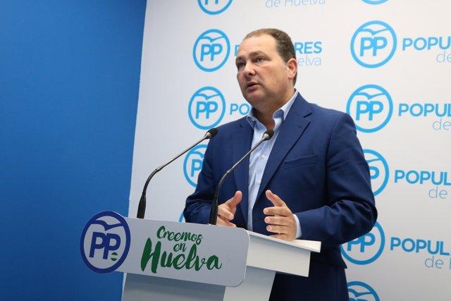 El portavoz del PP en la Diputación de Huelva, David Toscano