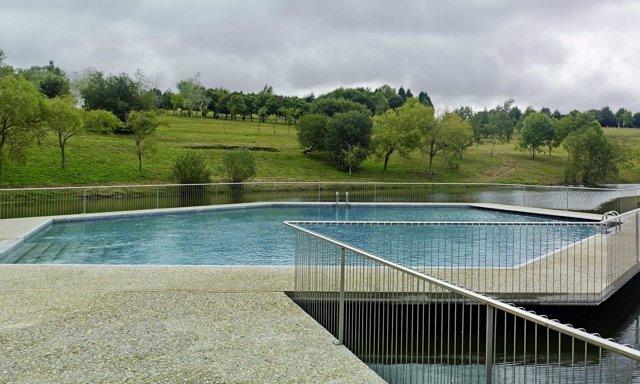 Las piscinas gratuitas del monte do gozo de santiago - Piscinas santiago de compostela ...