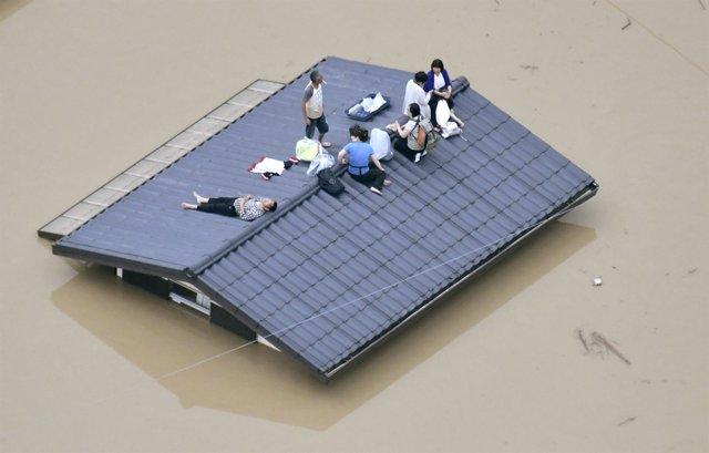 Afectados por las inundaciones en Kurashiki