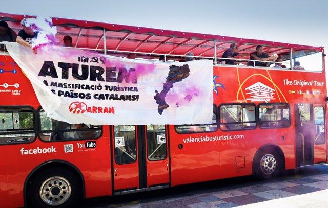 Fwd: Atenció! Arran També Atura Un Autobús Turístic Contra El Turisme Massiu A V