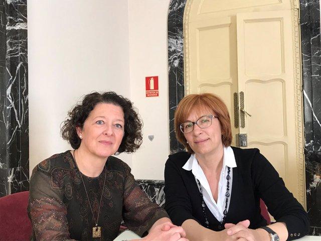 De izq. A dcha.: la D. Ruth Vega, pta. De SEOM y Ángeles Peñuelas, pta. De SEEO