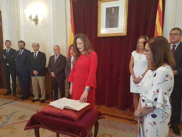 Subdelegada del Gobierno en Huesca toma posesión de su cargo.
