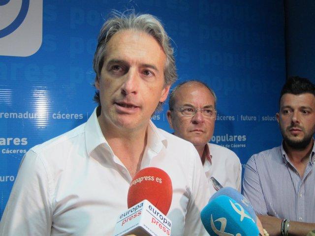 Íñigo de la Serna visita Cáceres