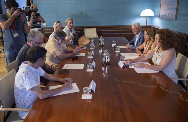 Reunión de Susana Díaz con el comité de empresa de Navantía en Puerto Real.