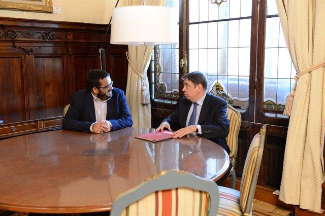El conseller Vicenç Vidal y el ministro de Agricultura, Luis Planas