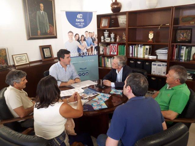 Firma del acuerdo entre Cañada Real y Faecta.