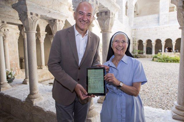 El rector Quim Salvi i la priora Maria Assumpció Ferrer