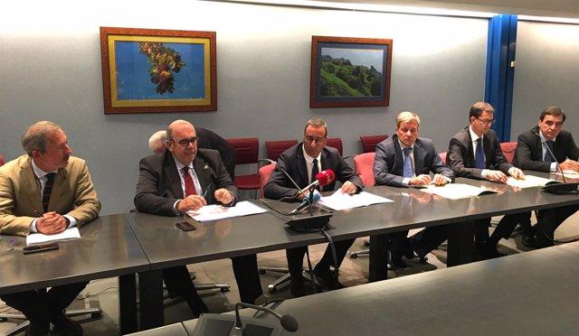 Jesús Oria en Oviedo en firma convenio Picos de Europa-Vocento