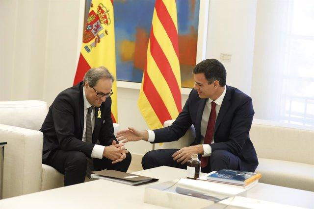 Pedro Sánchez recibe a Quim Torra en el Palacio de la Moncloa