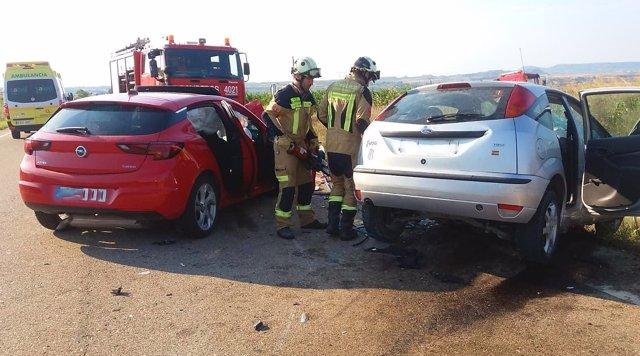 Vehículos implicados en el accidente de la A-221, en Chiprana (Zaragoza)