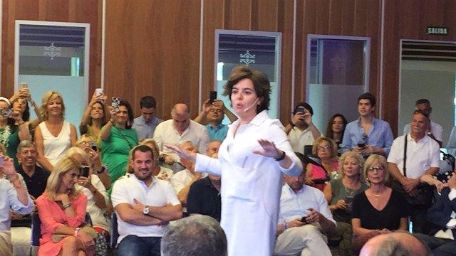 Sáenz de Santamaría en un acto en Cádiz