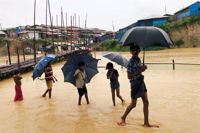 Niños refugiados rohingyas en Bangladesh