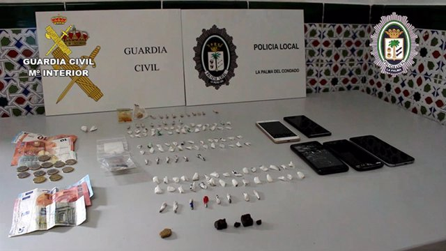 """[Grupohuelva] Remitiendo Np """" La Guardia Civil Y La Policía Local De La Palma De"""
