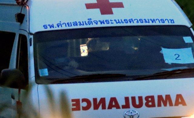 Ambulancia empleada en las labores de rescate en la cueva de Tailandia