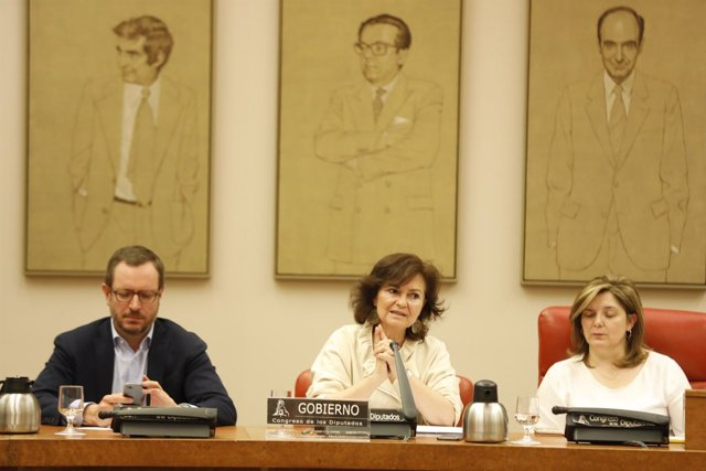 Carmen Calvo comparece en la Comisión de Igualdad del Congreso