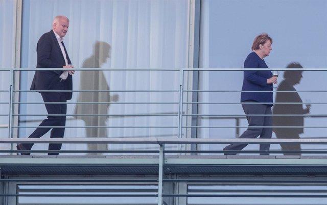 Merkel y Seehofer en la Cancillería
