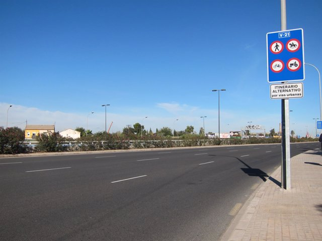 Imagen de la V-21 en la salida de València