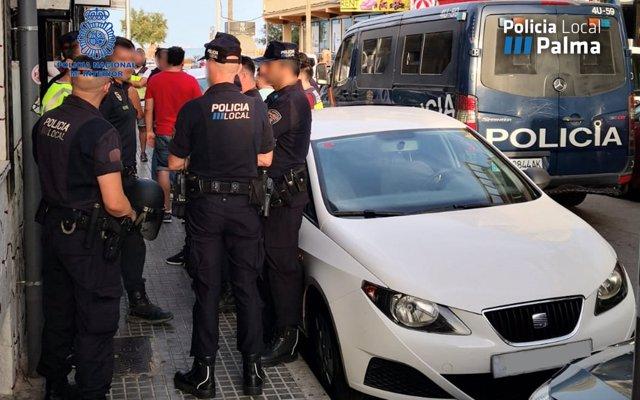 Siete detenidos en Playa de Palma en una noche, la mayoría por hurtos