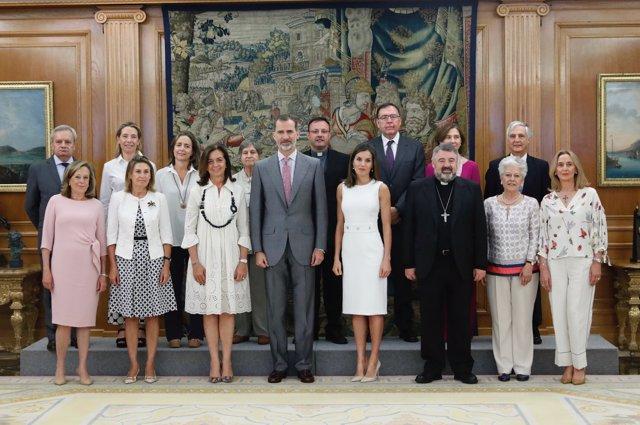 Reyes reciben a Manos Unidas con el obispo Escribano