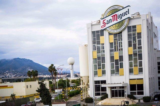 Centro de producción cerveza cervecera mahou san miguel málaga