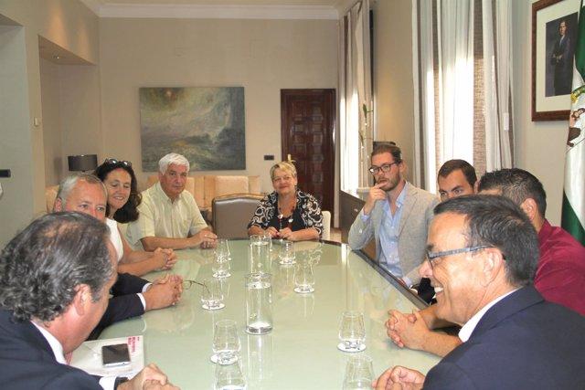 Huelva Empresa muestra la provincia a un grupo inversor belga.