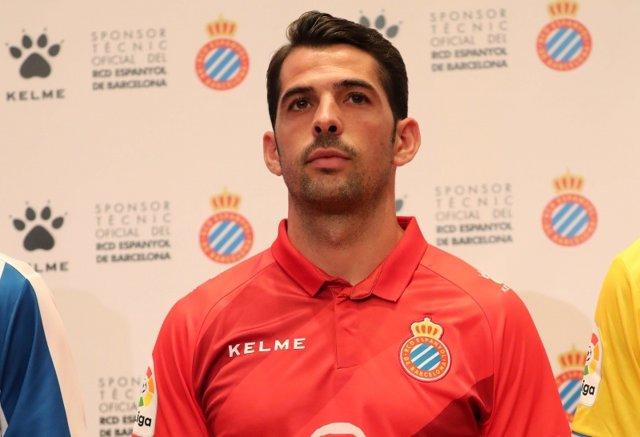 El jugador del RCD Espanyol Víctor Sánchez