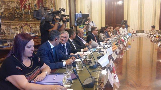 Olona ha asistido hoy a esta reunión en el Ministerio de Agricultura en Madrid